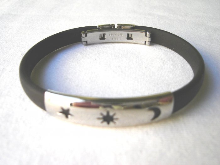 BHY-2030    Stainless Steel And Rubber Bracelet