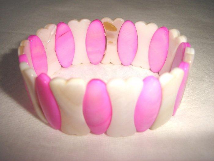BHX-6011     Natural Shell Bracelet