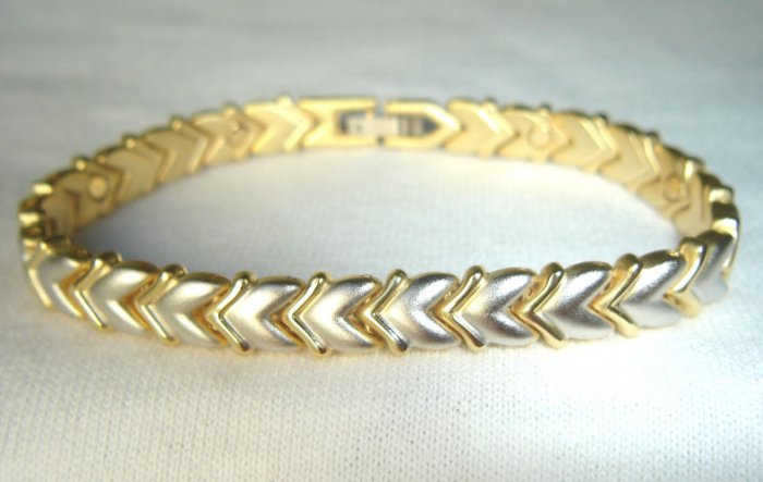 BWT-8001  Stainless Steel and Goldtone 2-Tone Bracelet