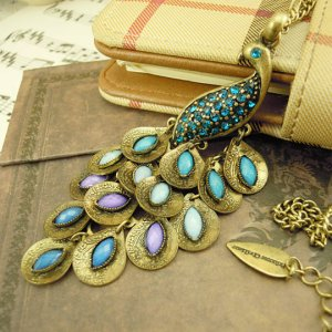 Free shipping---Necklace With Peacock Design Pendant
