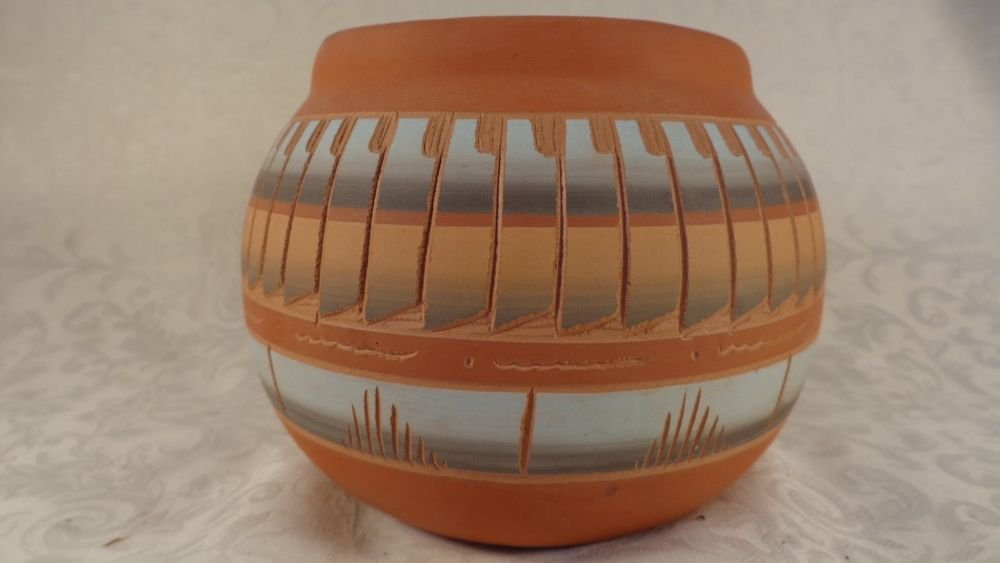 VINTAGE SIGNED T.W. NAVAJO SOUTHWEST RED POTTERY VASE HAND ENGRAVED ETCHING