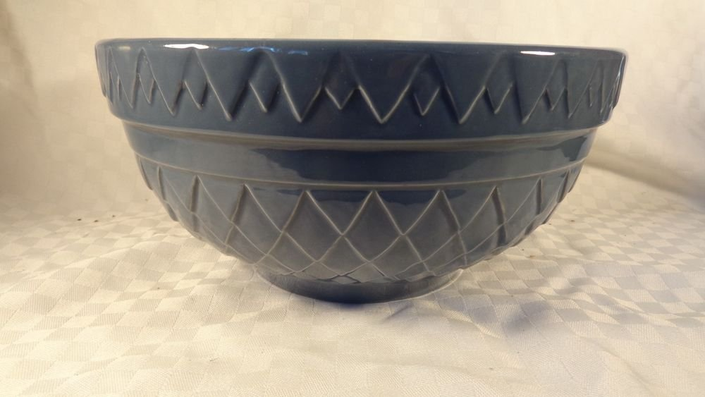 VINTAGE HUGE HEAVY BLUE STONEWARE MIXING BOWL SERVING BOWL WEIGHS 5.7PNDS BEAUTY