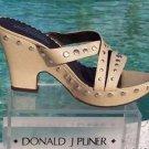 Donald Pliner $250 COUTURE PLATFORM SANDAL Shoe NIB METAL STUD ACCENTS SIGNATURE