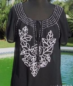 Cache $138 PEASANT TUNIC BOHO EMBROIDERY EMBELLISHED SILK Top NWT KEY HOLE