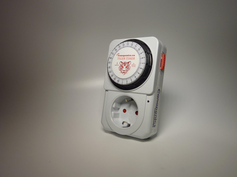 Repeat cycle timer 60 sec x 96 Dutch plug 3500W Voltage: 220-240V (50Hz)