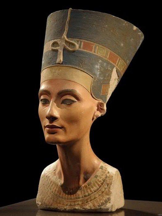 Nefertiti Egyptian Pharaoh Wife The Bust Photo 32x24 Print Poster