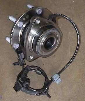 2002 - 2007 Trailblazer, 2003 - 2006 SSR Front Wheel Hub Bearing 513188