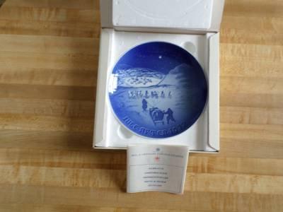 Bing & Grondahl annual Christmas Collectors plate-Greenland-B&G 1972-cobalt blue