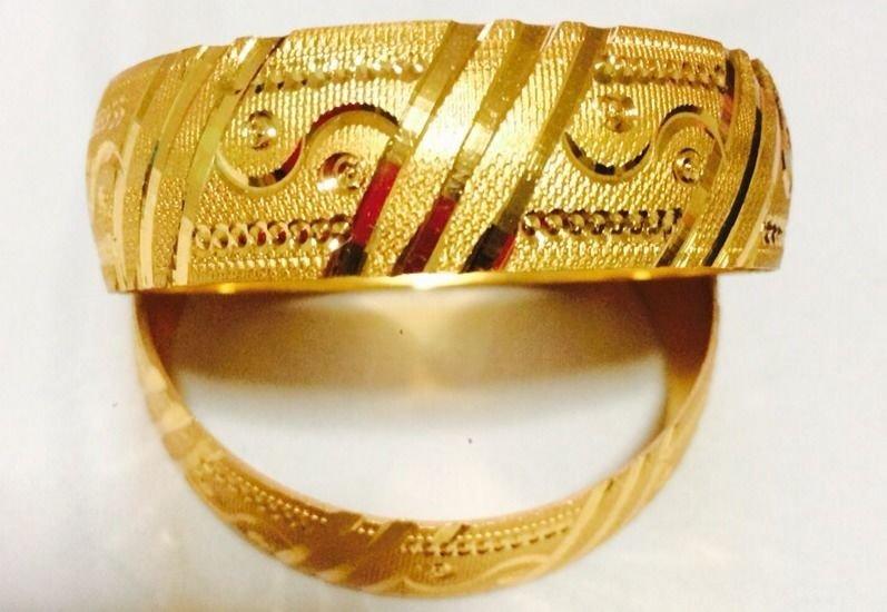 Brand New Indian Style Gold Bangels Set