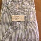 Dressing Robe Seersucker Striped 3-pocket Large New orig. pkg cotton-polyester