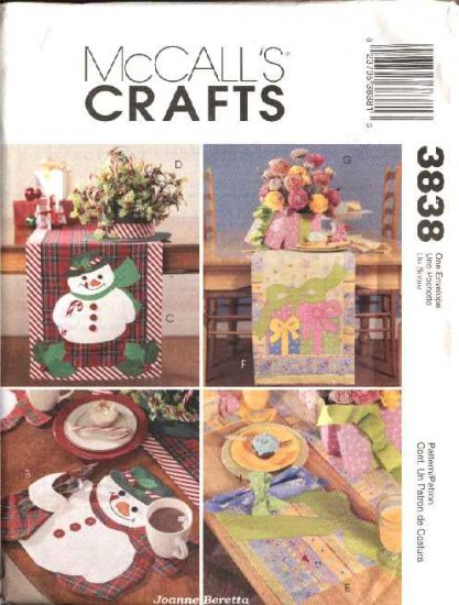 McCall�s Sewing Pattern 3838 Snowman Birthday Placemats Table Runner Centerpiece Napkins