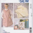 Kwik Sew Sewing Pattern 2191 Misses Mens Aprons Lunch Grocery Shopping Bags