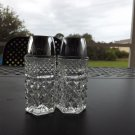 ANCHOR HOCKING WEXFORD LIDDED CLEAR GLASS SALT & PEPPER SHAKERS 2 pcs