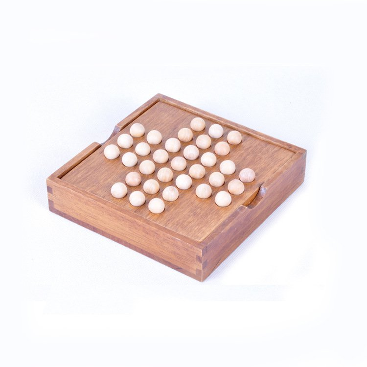 New Peg Solitaire puzzle in a Wooden Box