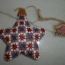 2004 JIM SHORE Multi Color STAR CHRISTMAS TREE HANGING ORNAMENT W/TAGS AND BOX
