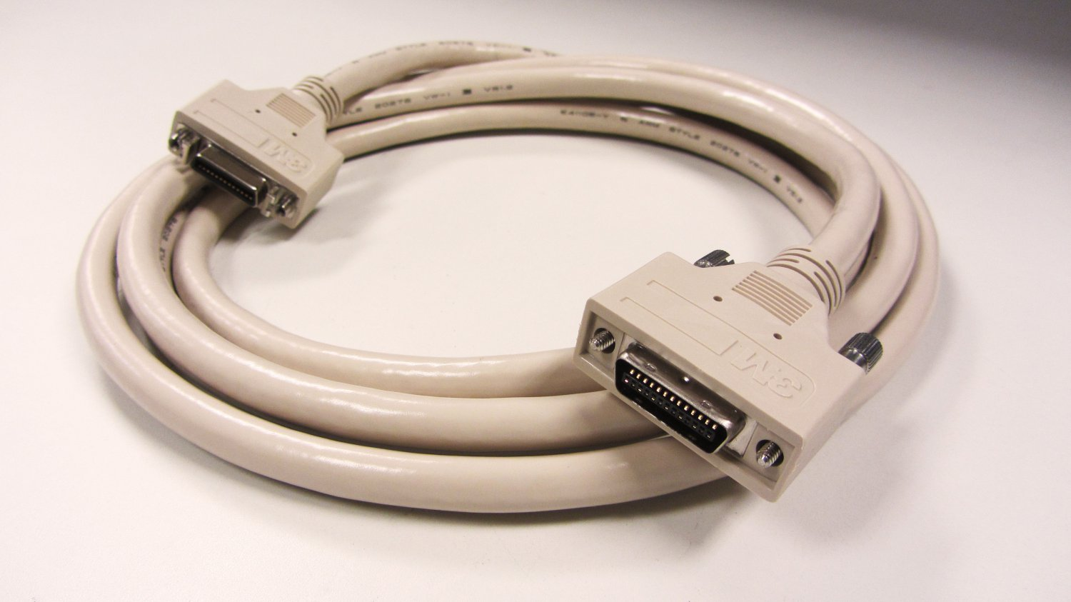 3M Mini Delta Ribbon (MDR) 26 Male to Female 1W226-TZLB-250-0LC Cable, 2.5 Meters