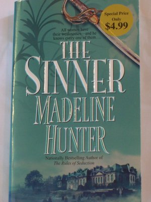 THE SINNER BY MADELINE HUNTER *MINT CONDITION* ONLY READ ONCE BY ME!!