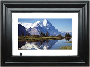 "Sungale 7"" Widescren TFT 3 in 1 Card Reader Digital Photo Frame"