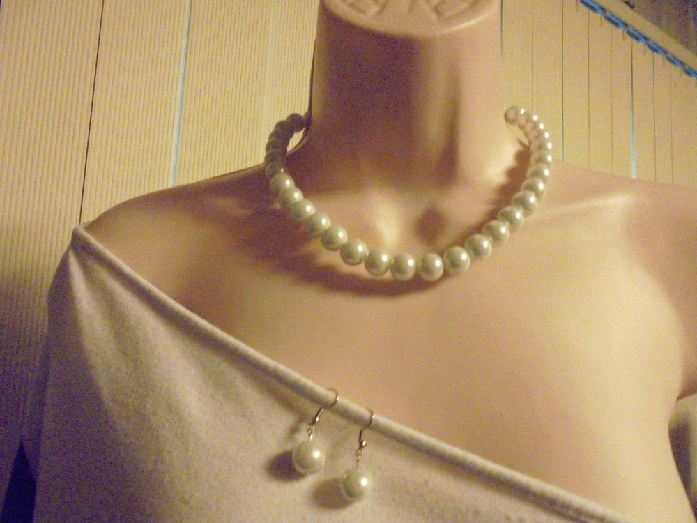 """WHITE 12MM 16""""  BEAD  NECKLACE  & MATCHING EARRINGS"""