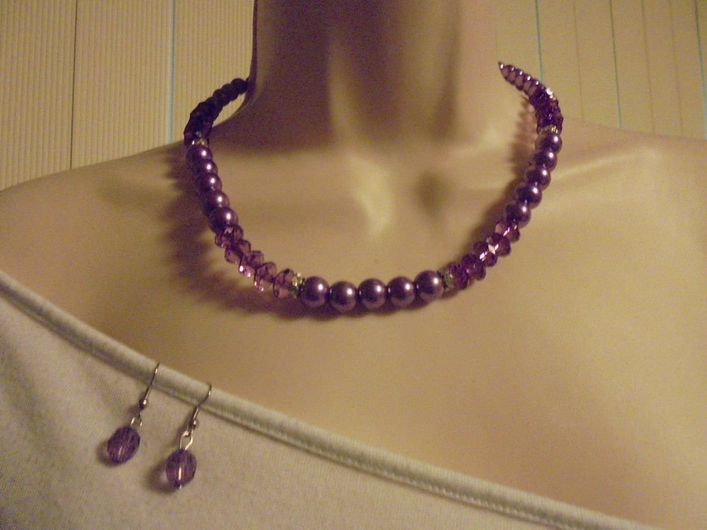 """NICE 16"""" PURPLE BEAD & CRYSTAL NECKLACE WITH SILVER SPACERS & MATCHING EARRINGS"""