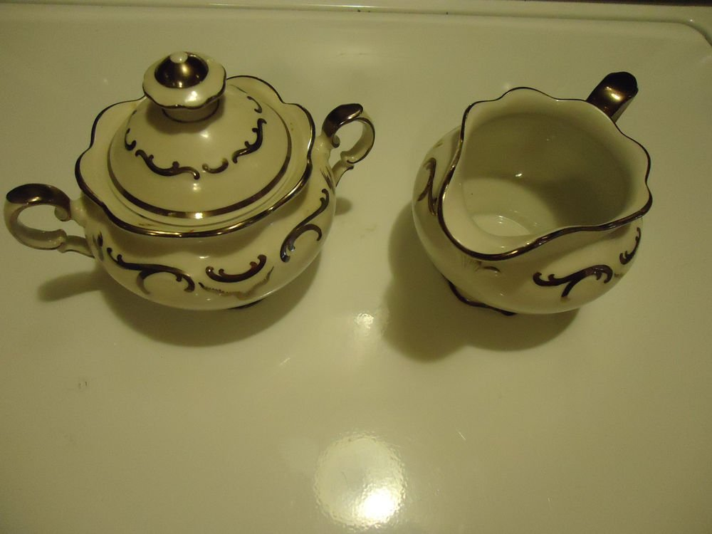 PLATINUM ELEGANCE BY SCHUMANN/BAVARIA COVERED SUGAR & CREAMER..VINTAGE