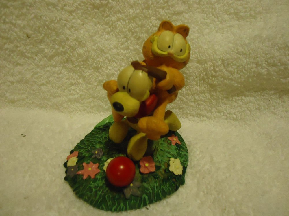 "1993 DANBURY MINT GARFIELD CAT/ODIE ""EASY RIDER"" FIGURINE..JIM DAVIS"