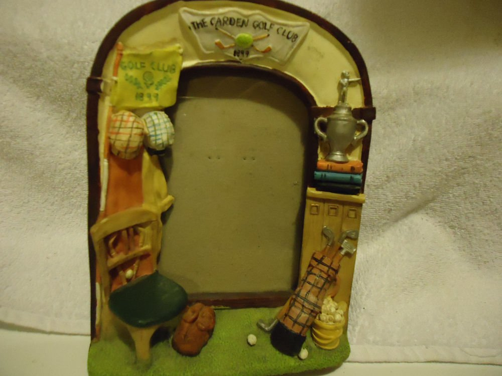 "THE GARDEN GOLF CLUB"" PICTURE FRAME ...APPROX PICTURE SIZE  4 1/2""x 2 3/4"