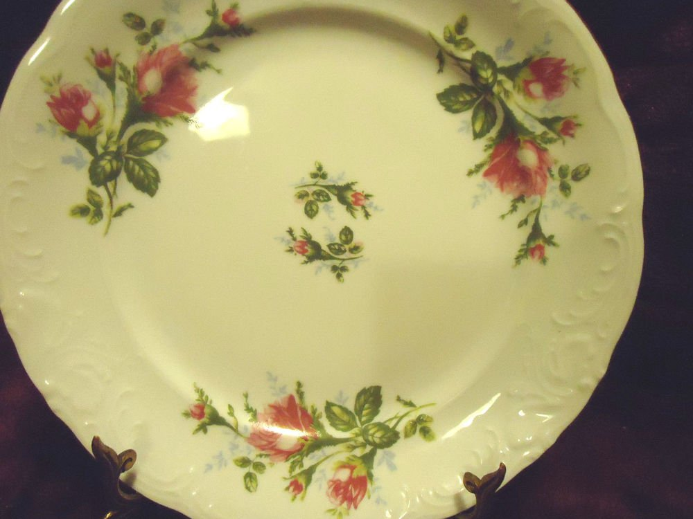 """10""""  ROYAL KENT POLAND BAVARIAN ROSE LARGE DINNER PLATE .....GREAT CONDITION"""
