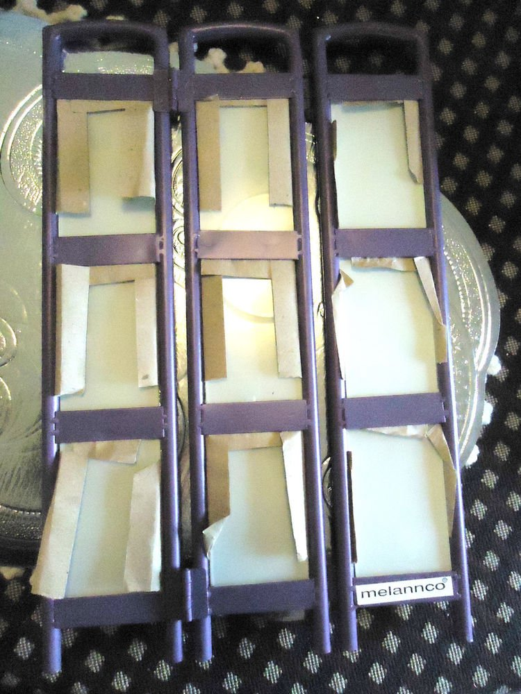 "NICE PURPLE METALLIC FOLDING SCREEN PICTURE FRAME..HOLDS 9    2"" X 3"" PHOTOS"