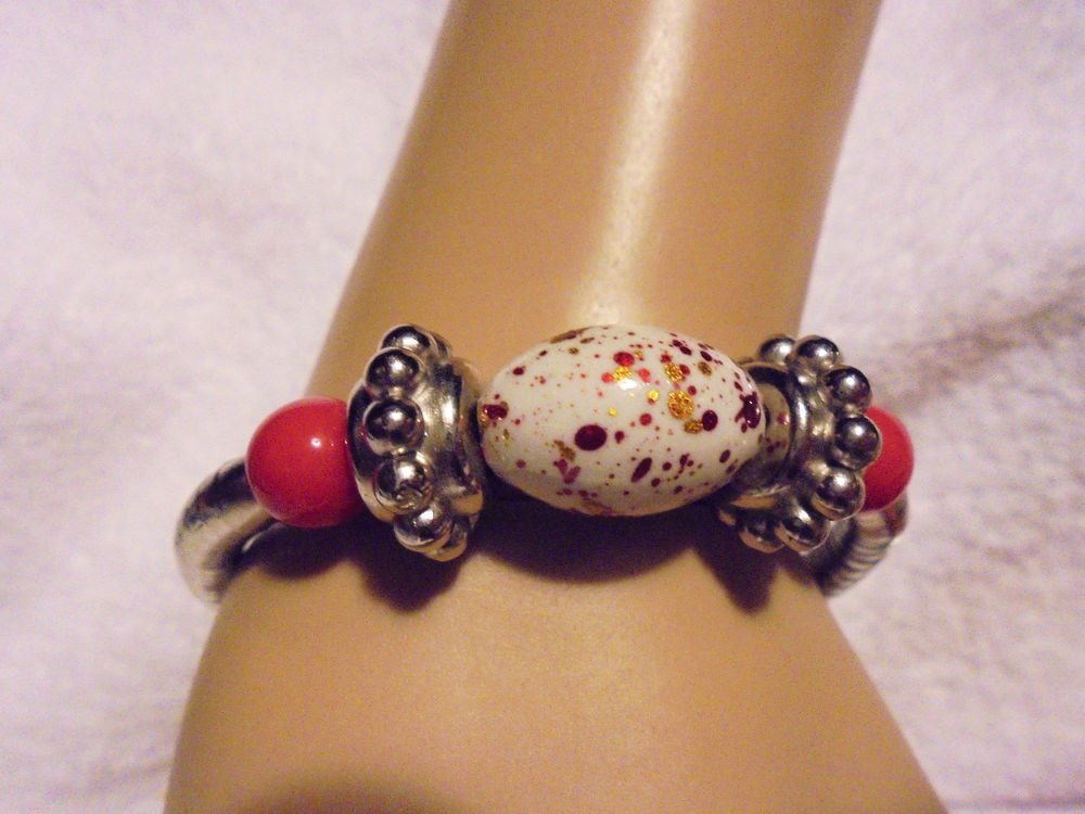 SILVER & PRETTY COLOR BEADED BRACELET WITH SNAP CLOSURE & EXTENDER..NICE