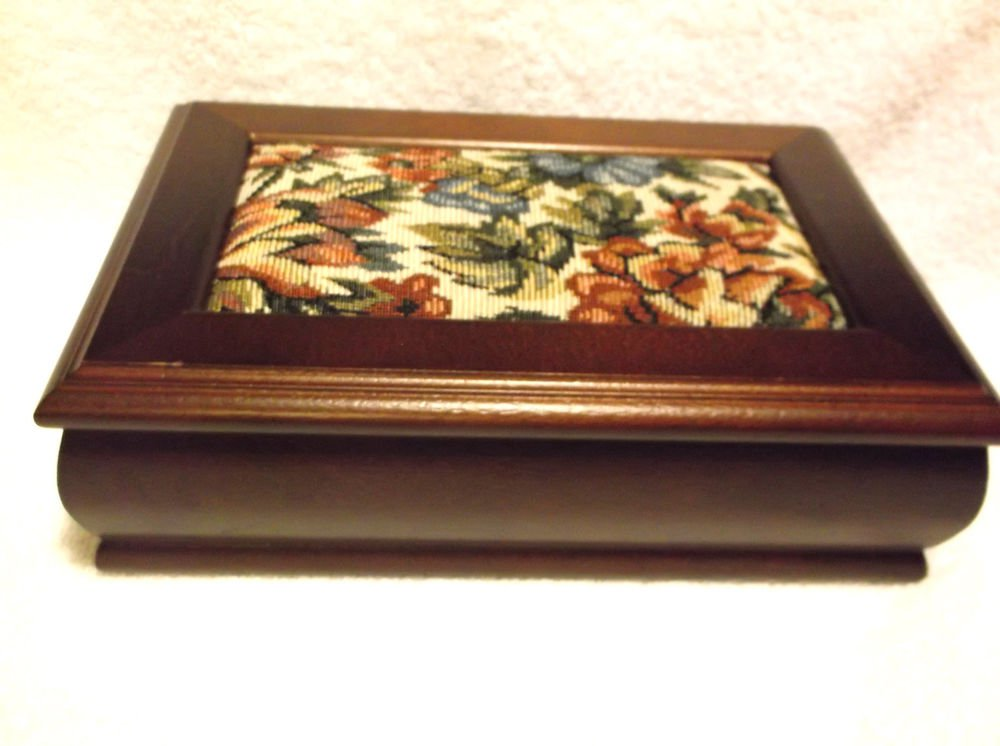 WOODEN JEWELRY BOX/ORGANIZER-RINGS, NECKLACES, ALL WITH NICE MIRROR..PADDED TOP