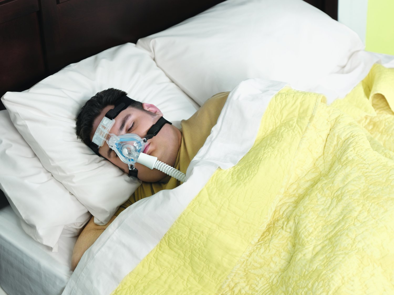 Respironics ComfortGel Blue Nasal Mask W Head Gear (Large) REF- 1070037