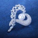 J15  AA+ Pearl Crystal Heart Brooch Pin