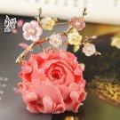 J21  AA+ Mother of Pearl Flower Brooch Pin