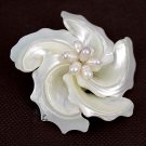 J22  Handcrafted AA+ Mother of Pearl Flower Brooch Pin