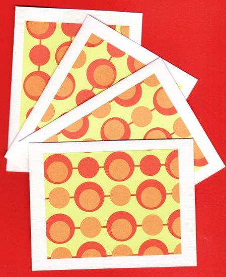 Set of 4 Retro Circles Cards with Envelopes