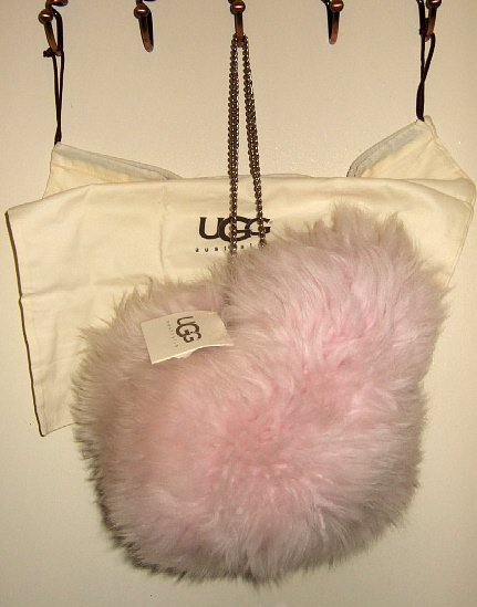NWT UGG SHEARLING LEATHER BUCKET BAG FLUFFY FUR PINK