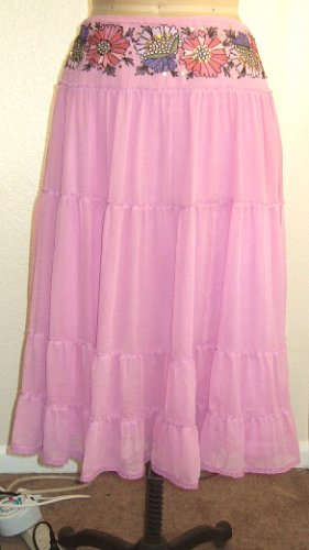 NWT CYNTHIA STEFFE RUFFLED SILK TIER SKIRT PINK with FLORAL EMBROIDERY - size 6 - $285