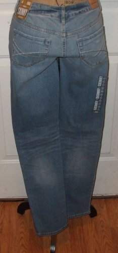 NWT $49 Destroyed womens JEANS Aeropostale BAYLA SKINNY size 4 low rise pants