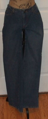 "$49 womens Jeans RUE 21 clothing flare Medium wash SIZE 8 pants hip 20"" across"