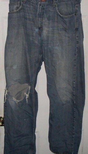 Men Worn till DESTROYED LEVI 569 Denim jeans size 36 waist loose straight  leg