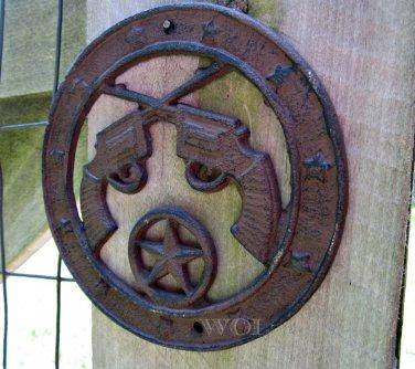Old West Country Western Cross Guns Emblem Metal Star Disc Cast Iron Plaque Rustic Pistol Sign Rust