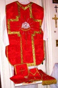 Red Chasuble Set Fiddleback Pelican Latin Mass NEW + Stole,Maniple,Veil,Burse