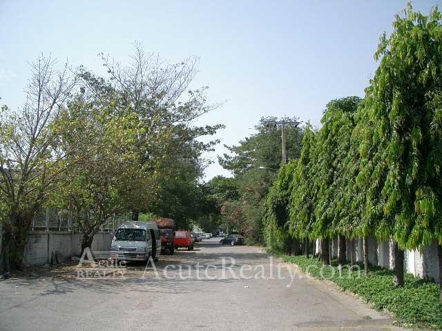 Nang-Lin-Chi ( Sathon)