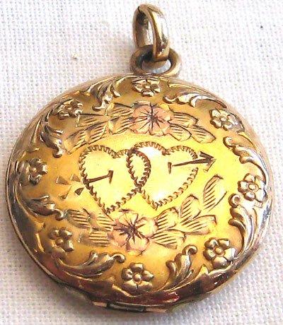 Vintage Bates & B Gold Locket, VJ7