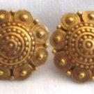 Vintage Gold Tone Clip Earrings, VJ10
