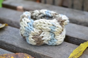 "7""-8"" Tri-Colored Cable-Knit Bracelet"