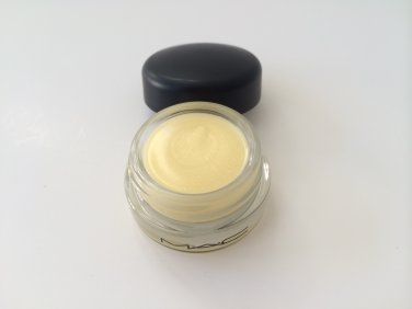 MAC Tendertone Lip Balm - Tread Gently (UNBoxed )  Free USA Shipping