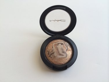 MAC Mineralize Eye shadow - Earthly  (UNBoxed and marked sample)  Free USA Shipping