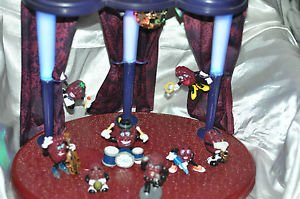 CALIFORNIA RAISINS BAND & LIGHT UP STAGE DIORAMA Lot Of 8 From 1987-1996 Vintage